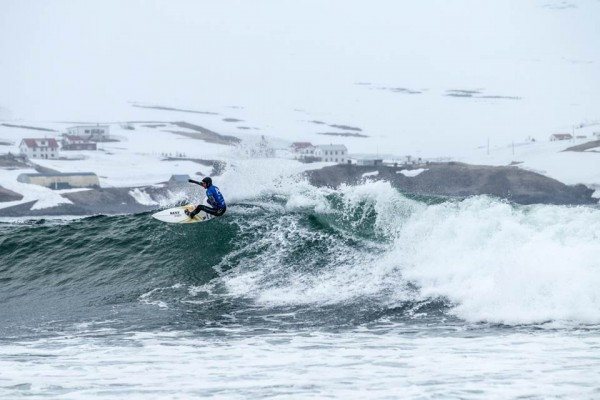 Nixon-Surf-Challenge2013-Web-(c)AlexLaurel-VincentDuvignac