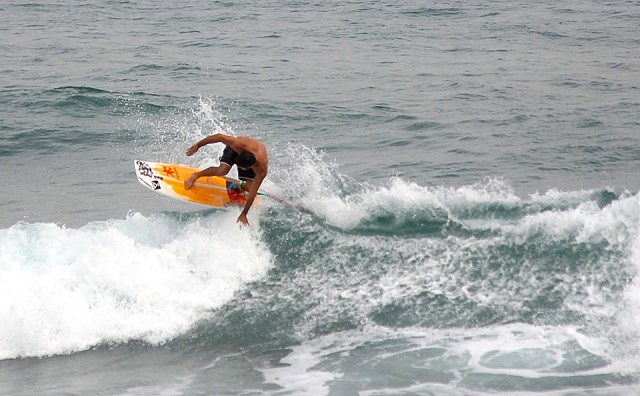 Kazuma presenta tanto model italian surfing portal - Tavola surf usata subito it ...
