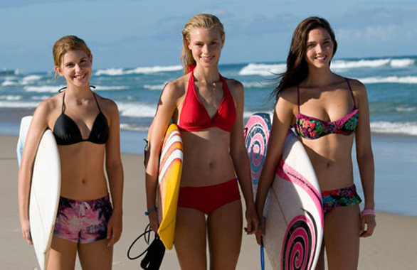 Alien-Surf-Girls1