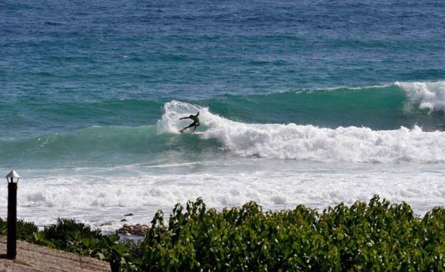 waves_empty