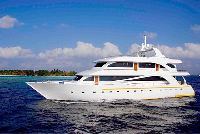 Khamana_boat_maldives_surf_safari_trip